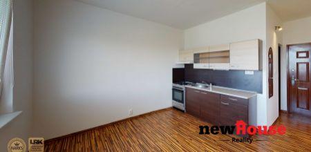 ***REZERVOVANE*** 1,5 izbový kompletne prerobený byt v Dubnici nad Váhom, Centrum II