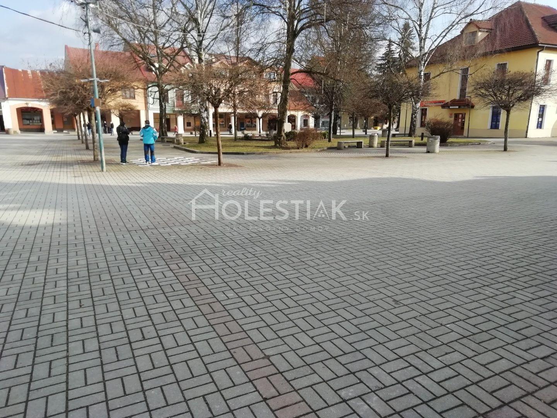 Prenájom lukratívnych priestorov na prízemí v centre Kysuckého Nového Mesta 12