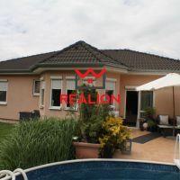 Rodinný dom, Rovinka, 132 m², Čiastočná rekonštrukcia