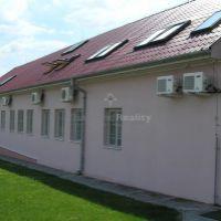 Administratívna budova, Malý Šariš, 8598 m², Kompletná rekonštrukcia