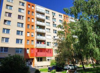 3 izbový byt Sereď Novomestská ul.