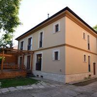 Rodinný dom, Komárno, 360 m², Kompletná rekonštrukcia