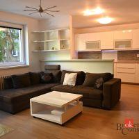 3 izbový byt, Bratislava-Staré Mesto, 78 m², Čiastočná rekonštrukcia
