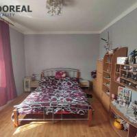 3 izbový byt, Senica, 70 m², Čiastočná rekonštrukcia