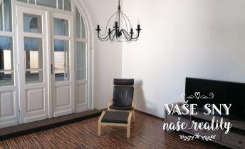 Veľkometrážny-3 izbový byt na prenájom v meste Trenčín, zo záhradou a výhľadom na Lesopark - Brezinu