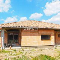 Rodinný dom, Komoča, 187 m², Novostavba