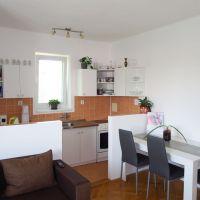 3 izbový byt, Senica, 70 m², Kompletná rekonštrukcia