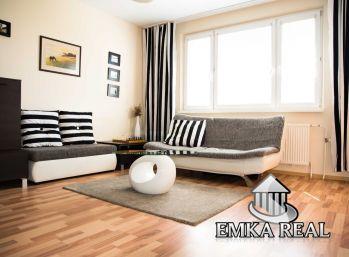 Najkrajšia časť Petržalky ! Zrekonštruovaný 4 izb. byt v lukratívnej časti  Furdekovej ul. - BA V.