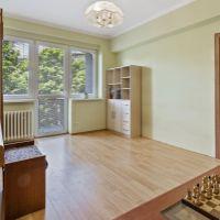2 izbový byt, Bratislava-Staré Mesto, 65 m², Čiastočná rekonštrukcia