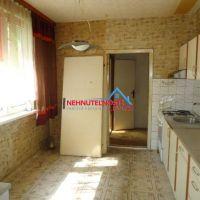 3 izbový byt, Levice, 72 m², Pôvodný stav