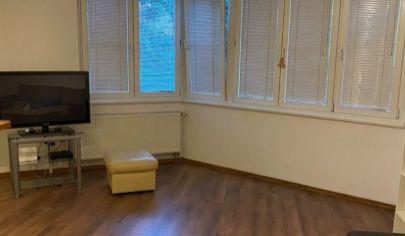 Na predaj 1.izbový byt Lamač, Heyrovského.