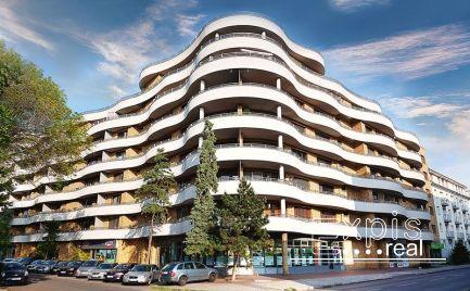 PRENÁJOM BEZ PROVÍZIE, zariadený 2-izbový bytu v dome GAUDÍ, Bratislava-Ružinov EXPISREAL