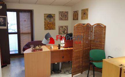 Prenajmem kanceláriu na Farskej ul. v Nitre 100€/12m2.