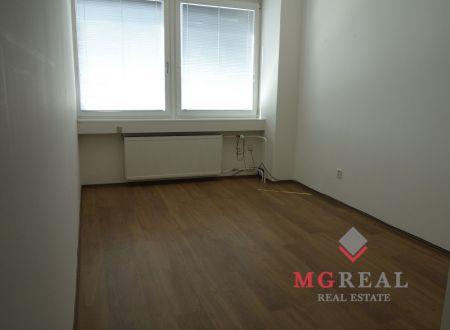 Kancelária 23m2 s umývadlom vhodná aj pre služby, Ružová dolina, Ružinov