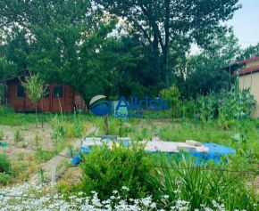 Príjemná záhradka s chatkou na predaj v Galante