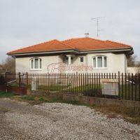 Rodinný dom, Rohovce, 106 m², Novostavba