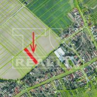 Pre rodinné domy, Senica, 2766 m², Čiastočná rekonštrukcia
