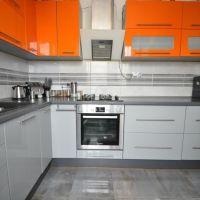 1 izbový byt, Bratislava-Nové Mesto, 48 m², Čiastočná rekonštrukcia