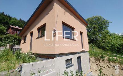 Luxusná chatka na celoročné bývanie - Žilina