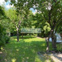 Pre rodinné domy, Pezinok, 1041 m²