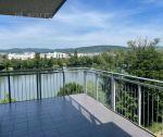 Na predaj nadštandardný 4 izbový byt 106 m2 + 20 m2 terasa  + garážové státie Trenčín /  Riviéra
