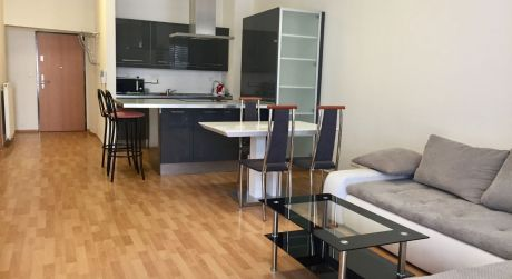 Bývanie pre vás v 2 izbovom byte s terasou v centre Bratislavy