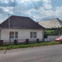 Rodinný dom, Lovinobaňa, 1 m², Kompletná rekonštrukcia