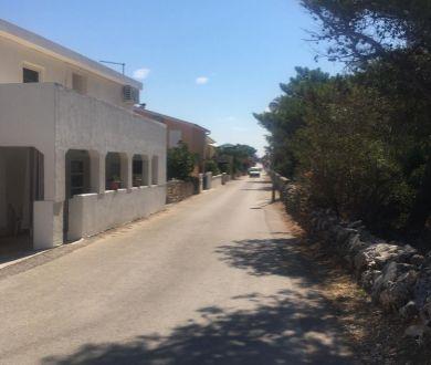 Ponúkame na predaj apartmánovú vilu v blízkosti pláže.