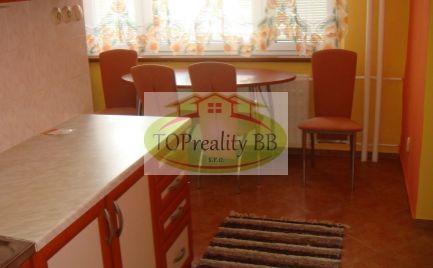 Dlhodobý prenájom   2 izbový byt s balkónom, 64 m2, B. Bystrica – Radvaň cena 450 €/ mesiac