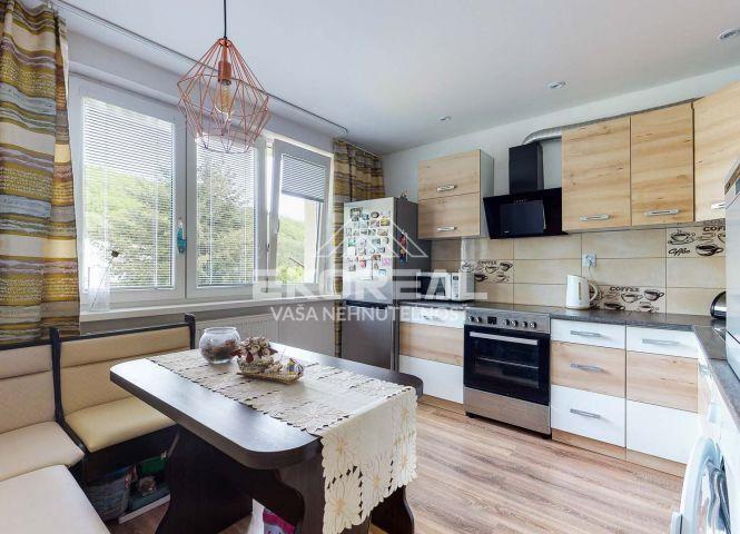 2 izbový byt - Vlkanová - Fotografia 1