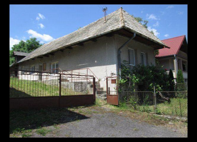 Rodinný dom - Cerovo - Fotografia 1