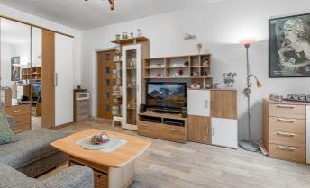 Ponúkame na predaj 2 izbový byt po rekonštrukcii na Šandorovej ul. v Ružinove