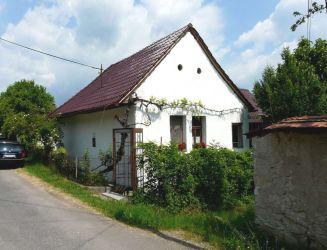 Beluj – chalupa so stodolou pri Banskej Štiavnici, pozemok 1609 m2 – predaj