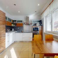 Rodinný dom, Piešťany, 473 m², Kompletná rekonštrukcia
