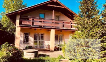 Na predaj dvojpodlažná chata Častá časť Gidra okres Pezinok.