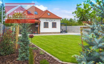 Ponúkame na predaj 5-izbový penzión/zimmer frei na ulici Rákocziho v centre Dunajskej Stredy v bezprostrednej blízkosti termálneho kúpaliska Thermalpark Dunajská Streda.