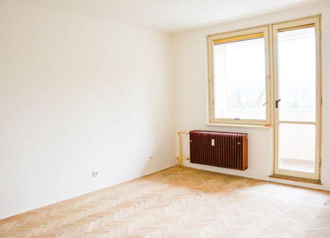 3 izbový byt - Handlová - Fotografia 1