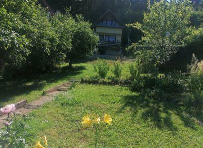 Predám chatu a záhradu v Trenčianskych Tepliciach.