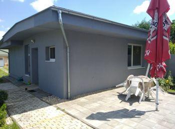 3. Izbový dom na prenájom v meste Piešťany 3D obhliadka!
