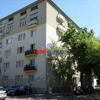 3 izbový byt, Bratislava-Ružinov, 93 m², Čiastočná rekonštrukcia