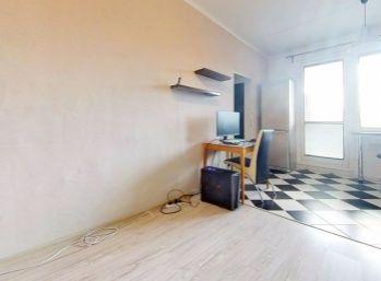 Predaj - slnečný zrekonštruovaný 2-izbový byt prerobený na 3-izbový!