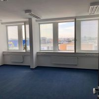 Kancelárie, Bratislava-Ružinov, 33.42 m², Kompletná rekonštrukcia