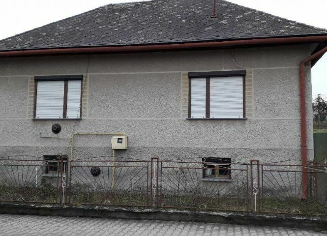 Rodinný dom - Čebovce - Fotografia 1