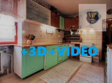 REZERVOVANÝ - Dvojgeneračný rodinný dom vhodný aj na podnikanie, 2100 m2
