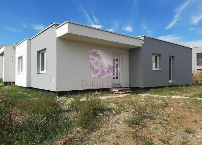 Rodinný dom - Senec - Fotografia 1