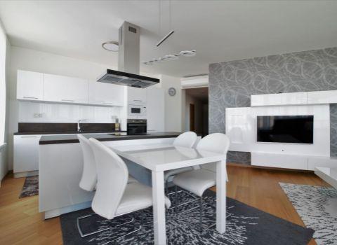Na prenájom nadštandardný 3 izbový byt v PANORAMA CITY