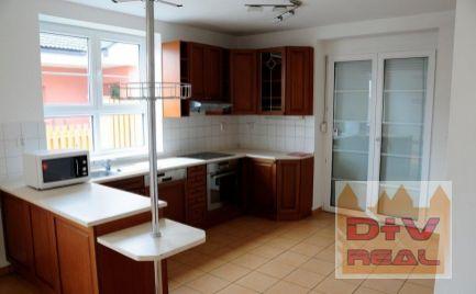 D+V real ponúka na prenájom: 8 izbový rodinný dom, Stará Klenová, Kramáre, Bratislava III, Nové mesto, čiastočne zariadený, klimatizácia, vhodná aj na bývanie aj ako sídlo spoločnosti