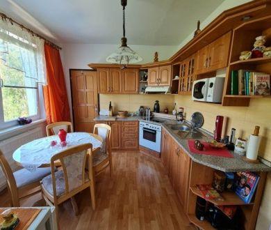 Exkluzívne u nás. Ponúkame na predaj krásny  3 izbový byt na sídlisku Rozkvet.