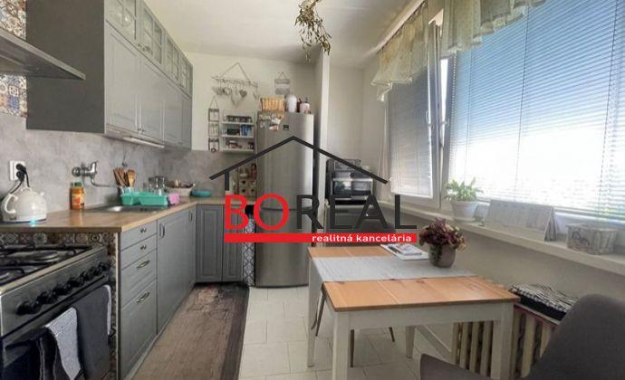 Slnečný 3izb. byt s loggiou, 66,32 m2, Lotyšská ul., Bratislava - Podunajské Biskupice.