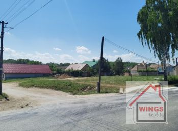 Pozemok pre bytovú výstavbu Šoporňa